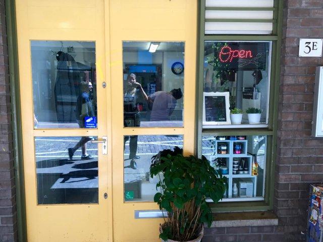 Chez Mous Hairdresser