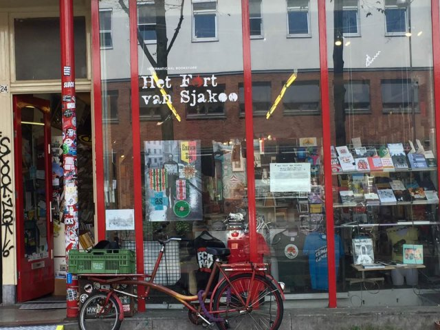 Het Fort van Sjakoo Amsterdam – International Bookshop